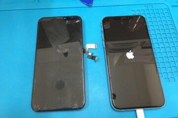 姫路市のお客様、iPhoneXSの液晶不良修理