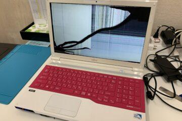 姫路市のお客様、LIFEBOOK FMV A42/Kの液晶不良修理